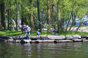 Bayshore-fishing-family-1b