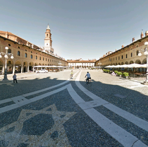HISTORICAL-MAIN-SQUARE-CITY-OF-VIGEVANO-e1442953729343