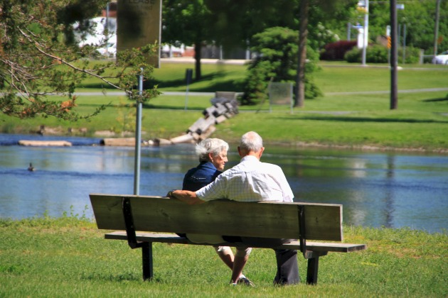 Riverside-Park-couple-2