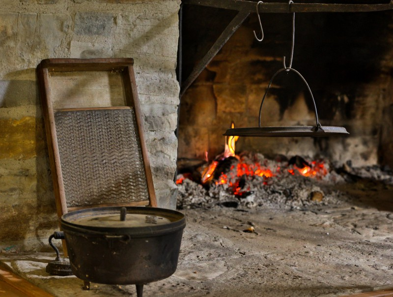 Pioneer cookware at O'Hara Mill Homestead