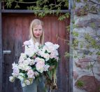 Melanie Harrington of Dahlia May Flower Farm