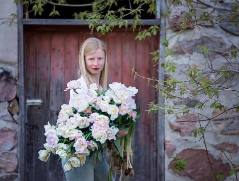 Melanie Harrington of Dahlia May Flower Farm