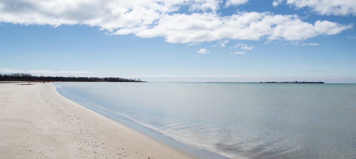 Looking down the beach at Presqu'ile Provincial Park.